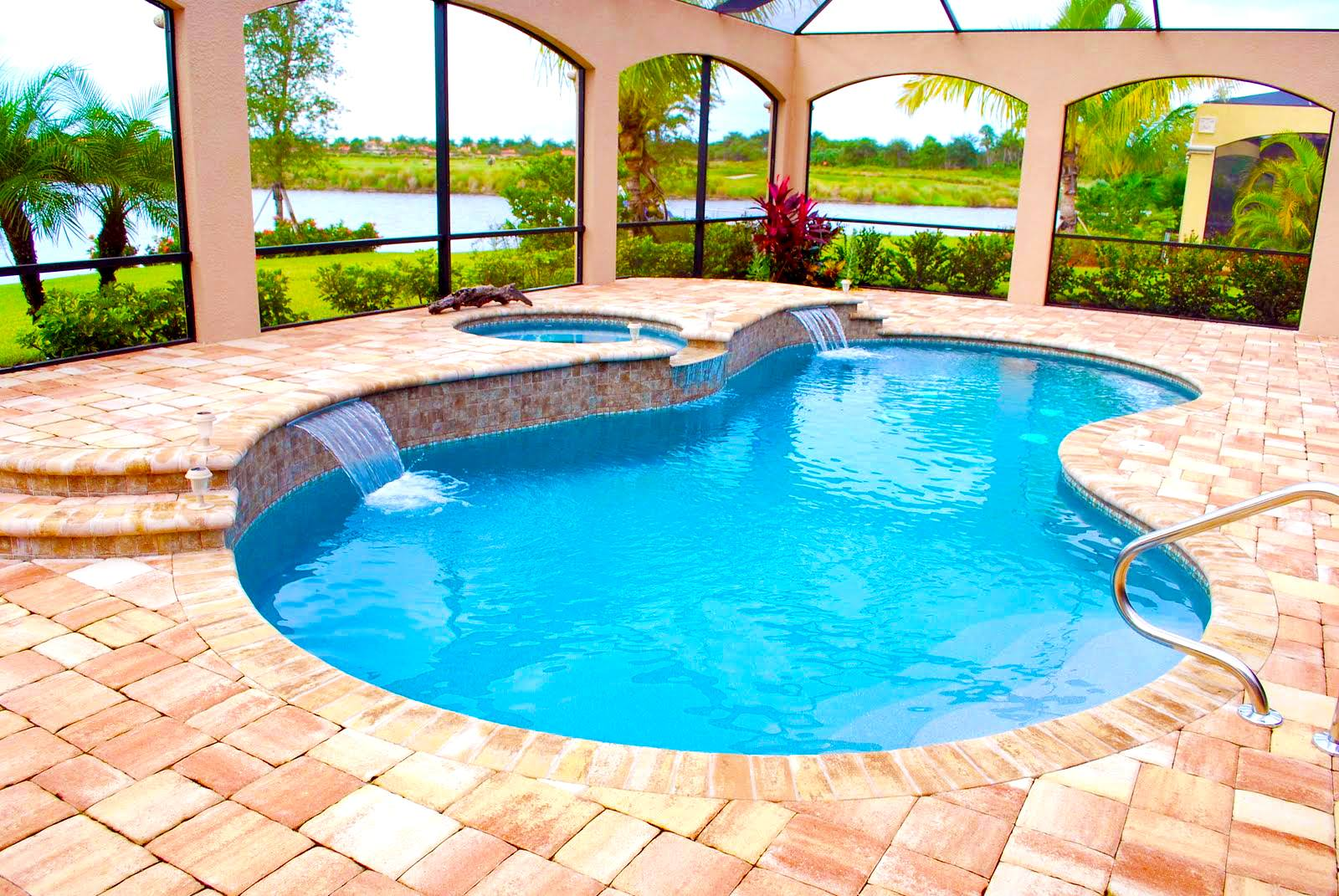 clean-pinnacle-pool
